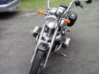 i am selling my 1999 bmw r1200c. i am the 2nd owner i