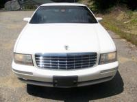 1999 Cadillac Deville. 4dr. White/Maroon. Leather. AIR