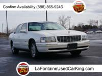 Exterior Color: white diamond, Body: Sedan, Engine: