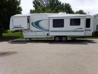 1999 Carriage Carri-Lite 5th wheel 734RL. Simply load