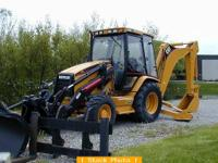 1999 CAT 426C IT, 5200 hours, 4x4, E-Hoe, 2 bucket. Had