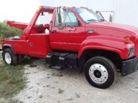 99 6500 Twin Line Wrecker. 135.000 orig miles. 3126 CAT