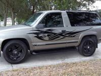 1999 Chevrolet Tahoe 106,981 Miles Rare 2 Door 2 Wheel