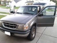 For Sale or trade my Ford Explorer 1999 XLT 4 Liter