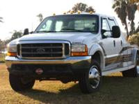 1999 Ford F450. This 1999 Recreational Vehicle hauler