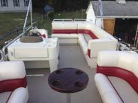 1999 Harris Floatboat 220 Classic. For sale! This