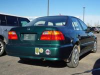 Clean CARFAX. Green 1999 Honda Civic Value Package FWD