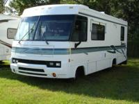 1999 Itasca Sunrise SE 31' Class A motorhome with a 454