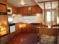 1999 31' Jayco Designer 5th wheel --COMFORTABLE, OPEN,