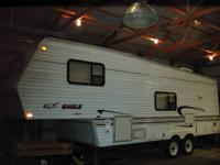 Clean 1999 Jayco Eagle 5th wheel trailer. Rear kitchen,