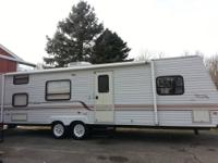 1999 JAYCO QWEST 30FT !!1 OWNER!! VERY CLEAN IN AN OUT