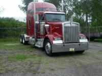 This 1999 KW W900 is up for crabs for