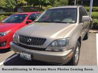 **AWD**, **LEATHER**, 4WD, Ivory w/Front Bucket Seats