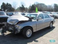 Options Included: N/ALincoln Town Car 4 dr V8 4.6L -
