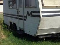 RV Type: Class A Year: 1999 Make: National RV Model: