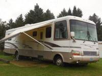1999 Newmar Mountain Aire. This RV is a Chevrolet