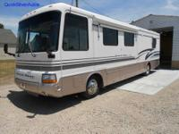 1999 Pace Arrow 34N Class A 35Ft. Motorhome. Has Triton