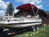. For sale 1999 Playcraft FX20 deck boat. Mercury 200