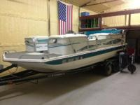 1999 Playcraft Deck Cruiser 20. Nice boat in excellent