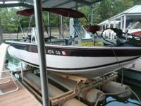 1999 Ranger 238D. 19 feet in length- Aluminum hull