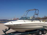 1999 19' Sea Ray Signature cuddy cabin boat in