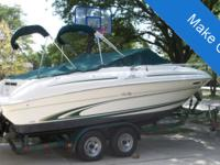 1999 Sea Ray 215 Express CruiserFor those who like to