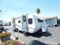 Shasta Flyte model 255BH features a rear bath layout, a