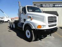 1999 Sterling Trucks LT9500 1999 Sterling LT9500