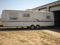 1999 Sunnybrook Mobile Scout Travel Trailer This lovely