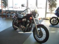 Nice 99 Suzuki Intruder! Low miles, windshield, and