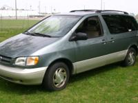 1999 Toyota Sienna XLE mini-van. I merely sold this van