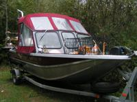 Hi, I'm selling my 1999 Weldcraft Angler. This boat has