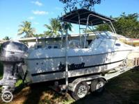 - Stock #72440 - This 1999 Wellcraft 24 is a full