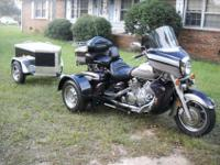 THIS TRIKE LOOKS, RUNS AND DRIVES GREAT.IT IS LOADED