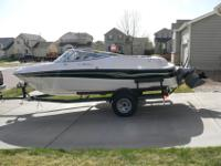 1999 Four Winns Horizon 180 with trailer. Bow rider
