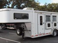 2007 SHADOW two HORSE SLANT LOAD GOOSENECK WITH