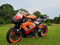 ......A 2007 HONDA CBR 1000 RR REPSOL sport bike