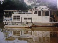 1967 32 feet Nautaline House Boat. Boat is at Green