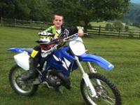 This is a 2004 Yamaha yz 125 for sale. This bike is in