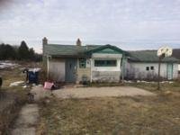 Mobile home for sale in Northern, MI! Features 2