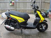 2009 yamaha zuma 125 scooter with only 1415 miles on