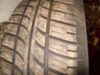 2 TITRES 205/60R15 TIRES IN EXCELLENT SHAPE BRAND
