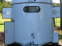 I have a 2006 CM 2 horse trailer thats like brand new