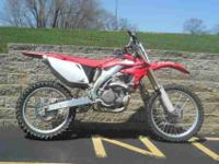 2006 HONDA CRF450, Red, www.roadtrackandtrail.com we