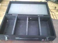i'm selling 2 dj cd cases holds a 100 cd's in each case