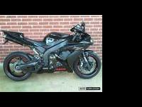 2005 R1 Raven edition lots of Carbon fiber with