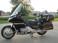 1993 Honda Goldwing Aspencade. This bike comes with all