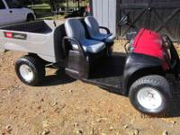 TORO WORKMAN -- AUTO DUMP BED -- 12HP GAS ENGINE --