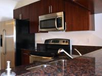 2 bdrm apartment with den in palm beach yards in