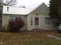 Quaint 2 bedroom, 1 bath cottage style home with studio
